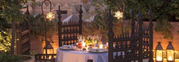Evening-rooftop-dinner_l